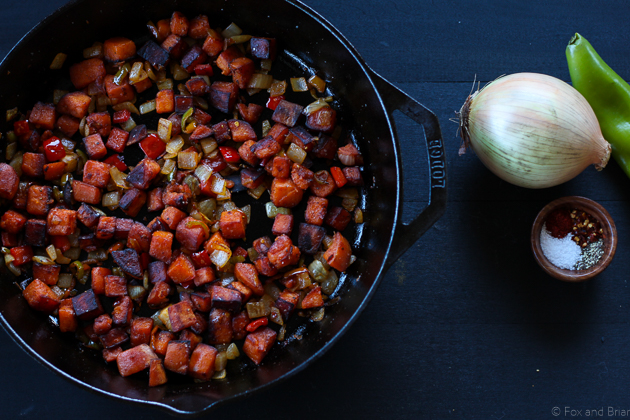 This sweet potato hash is so good! Perfect for breakfast. Gluten free, paleo, vegan, vegetarian.