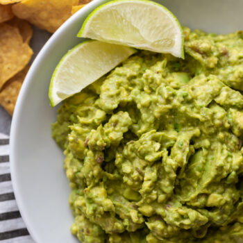 Super Easy 4 Ingredient Guacamole