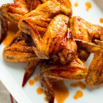 Sriracha Brown Sugar Baked Wings