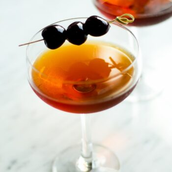 How to make a classic Manhattan (cocktai...