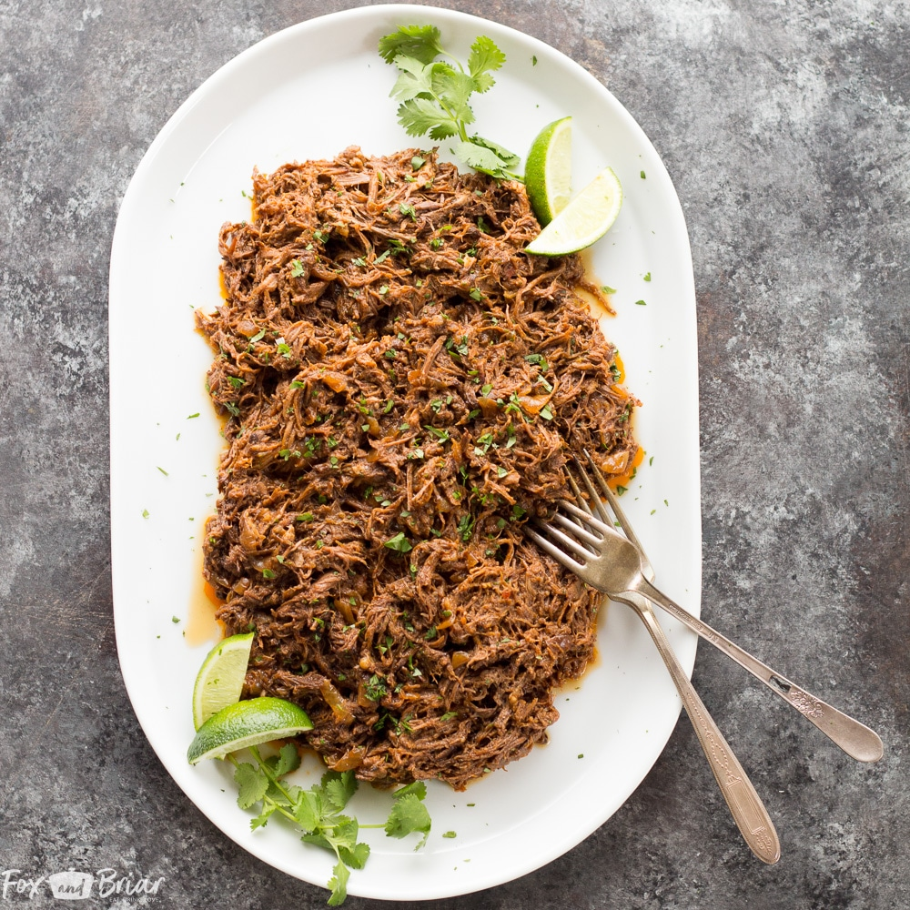 This all purpose Slow Cooker Mexican Shredded Beef is great for tacos, burritos and more! Quick and easy prep work and the crock pot does the rest. |crock pot recipe | Slow Cooker Recipe | Crock Pot beef | Slow Cooker Taco | Crock Pot Tacos