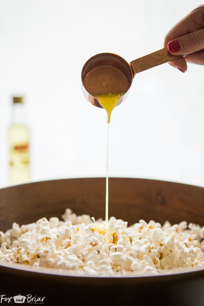 This really is the Ultimate Truffle Popcorn! Make the most delicious truffle popcorn at home in just a few minutes. | popcorn recipe | truffle popcorn recipe | snack recipe | movie night