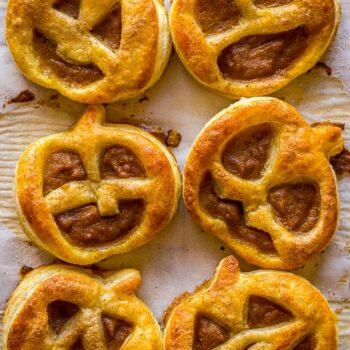 Jack O' Lantern Pumpkin Hand Pies