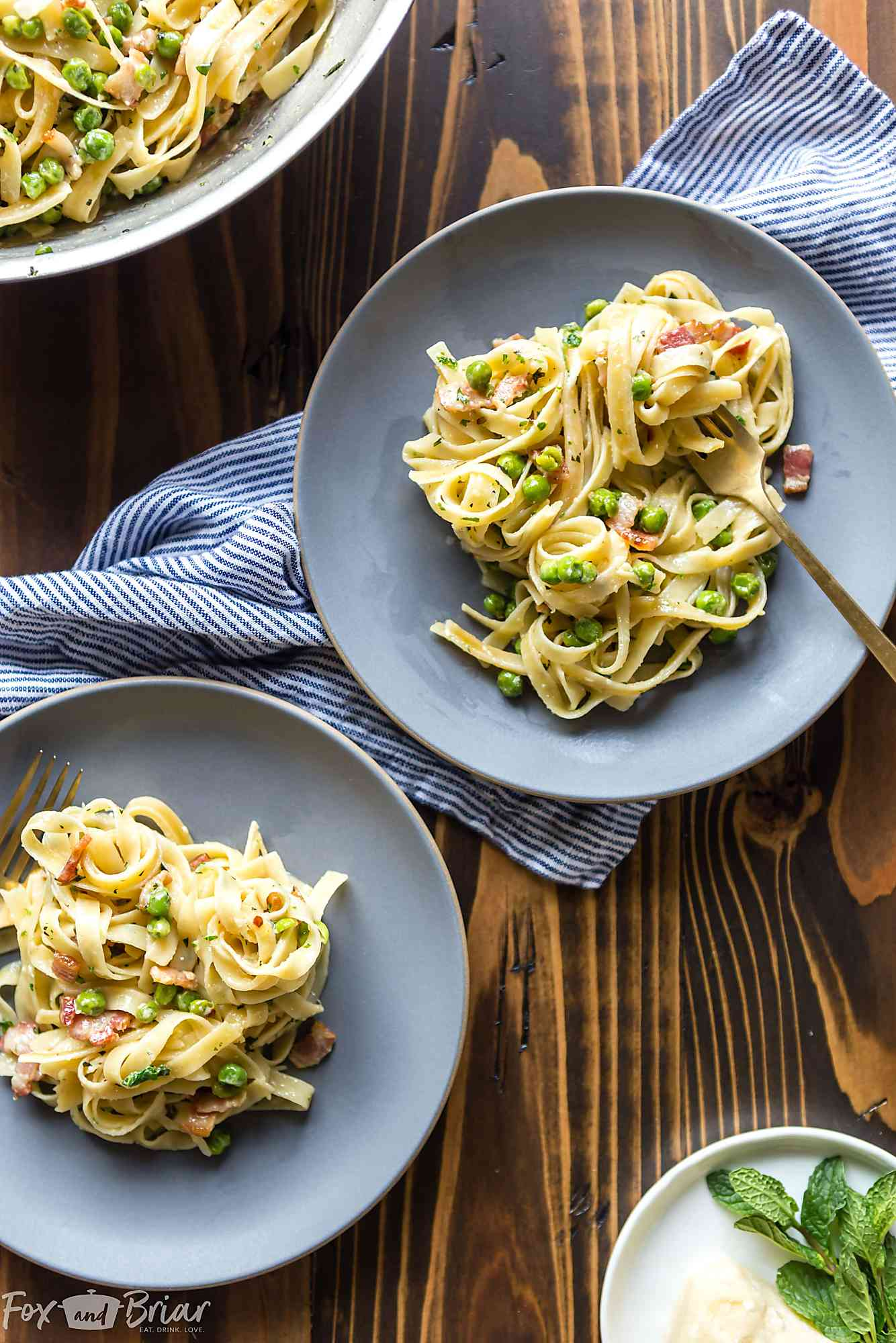 This quick Creamy Pasta with Pancetta and Peas only takes 15 minutes and is an easy and elegant dinner for any night of the week! @QFCgrocery #QFCdelivery #sponsored Pasta with peas and bacon | Pasta with peas and pancetta recipe | noodles with peas and bacon | cramy pasta recipe | Easy pasta recipe | easy dinner recipe | 15 minute dinner | quick pasta recipe | date night recipe | peas and bacon cream sauce