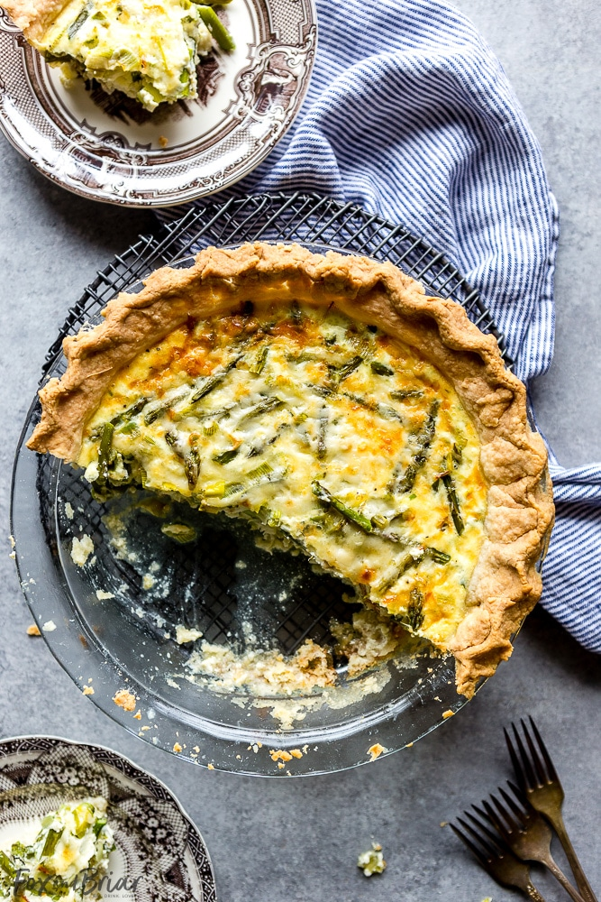 Easy Crab, Asparagus and Leek Quiche Recipe | Easy Quiche Recipe | Brunch idea | Mother's day brunch recipe | Easter Brunch Recipe | Breakfast Quiche | Make ahead quiche | Crab Quiche | Asparagus Quiche | Leek Quiche | Best quiche recipe