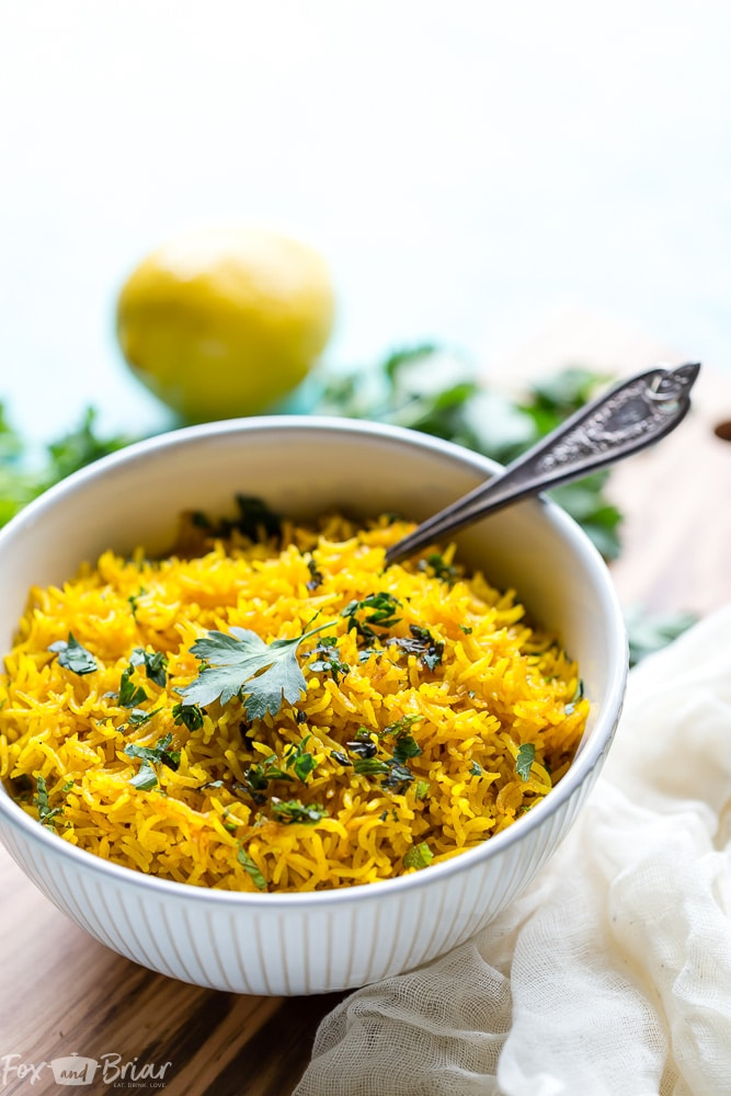 This vibrant Turmeric Rice Recipe is a fast and easy side dish perfect for brightening up your weeknight dinner. Easy Turmeric Rice Recipe | Simple Turmeric Rice | Middle Eastern Recipes | Indian Recipes | Mediterranean Recipes | Side Dishes | Basmati Rice | Jasmine Rice | Rice Dish