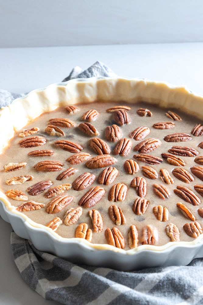 chocolate pecan pie is rich and decadent! Thanksgiving recipe | Dessert recipe | pie recipe | Pecan pie no corn syrup | Easy chocolate pecan pie