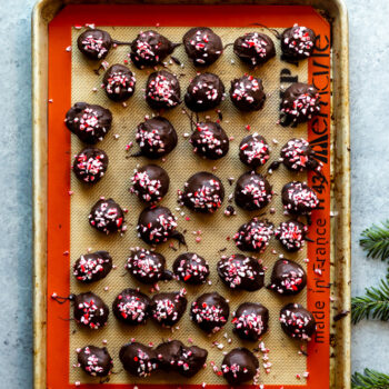 No Bake Peppermint Oreo Truffles