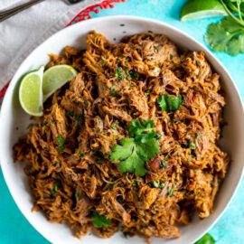 Slow Cooker Pork Carnitas (Mexican Pulle...