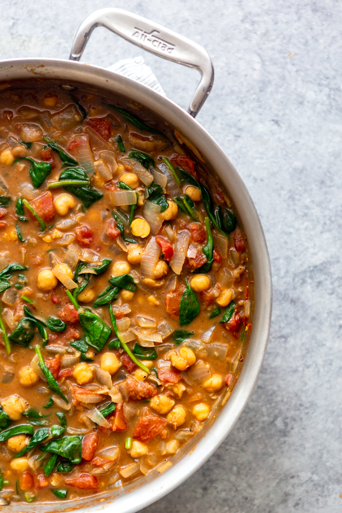 Chickpea Curry in a saute pan